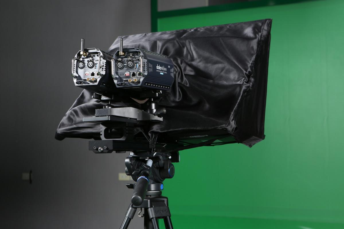 Professional dual-camera design