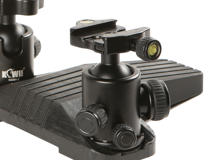 Each Ball Head Supports a Payload of Up To 8kg